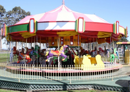 Allan Herschell 1947 3-Row Carousel For Sale